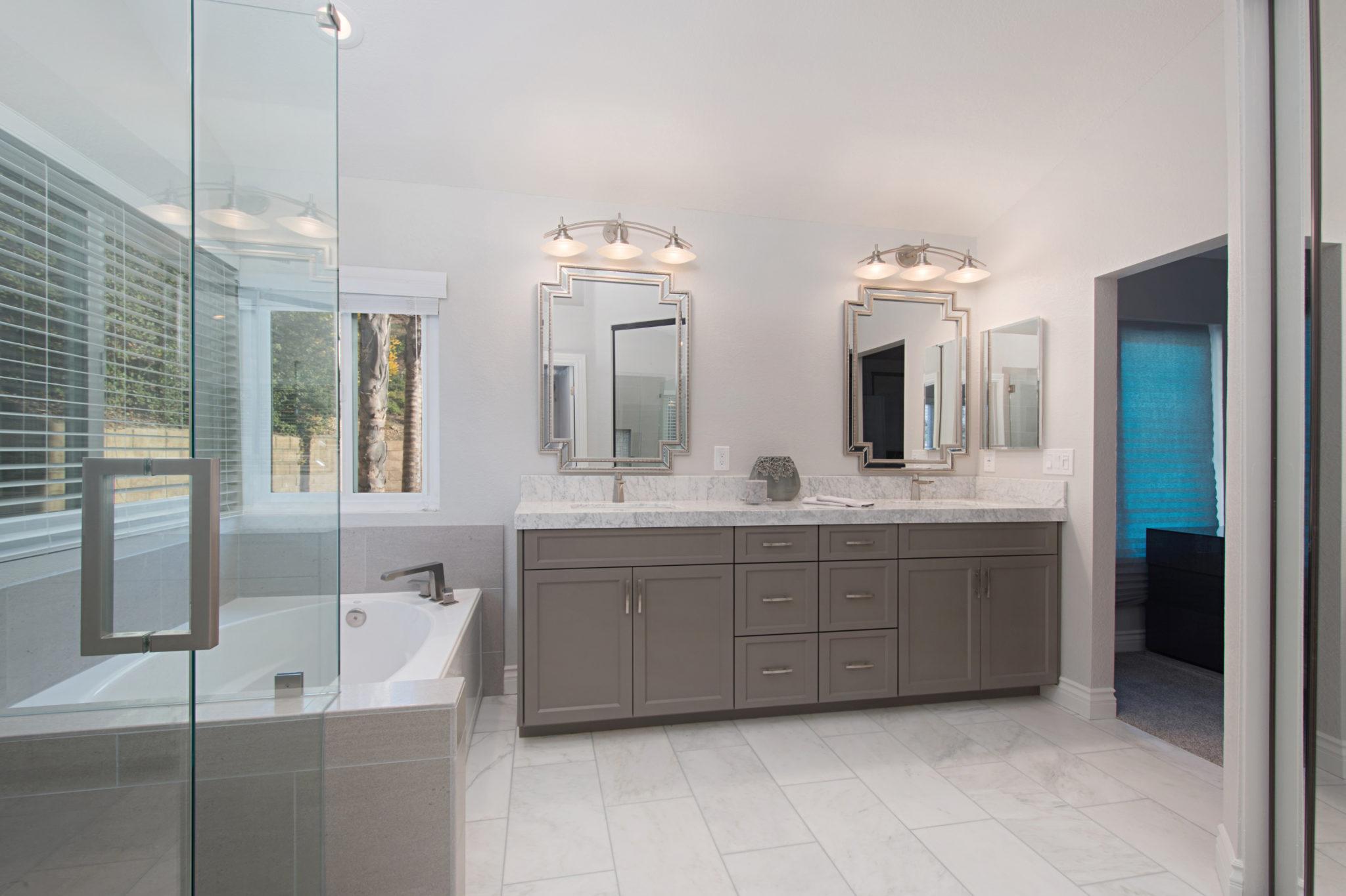 Bathroom Remodeling Contractor Vista Contractor In Carlsbad - Bathroom remodel carlsbad